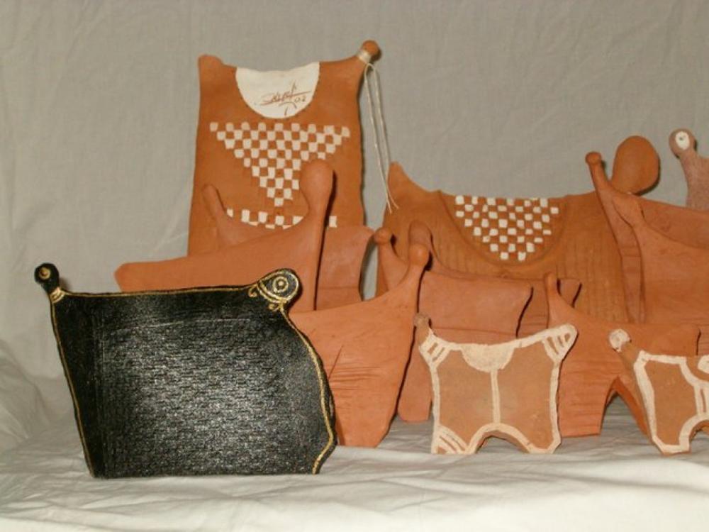 Bonbon Chouval. Céramiques de l'artiste martiniquais Victor Anicet.